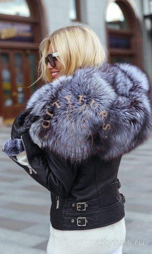 Дубленка с мехом чернобурки цвет черный