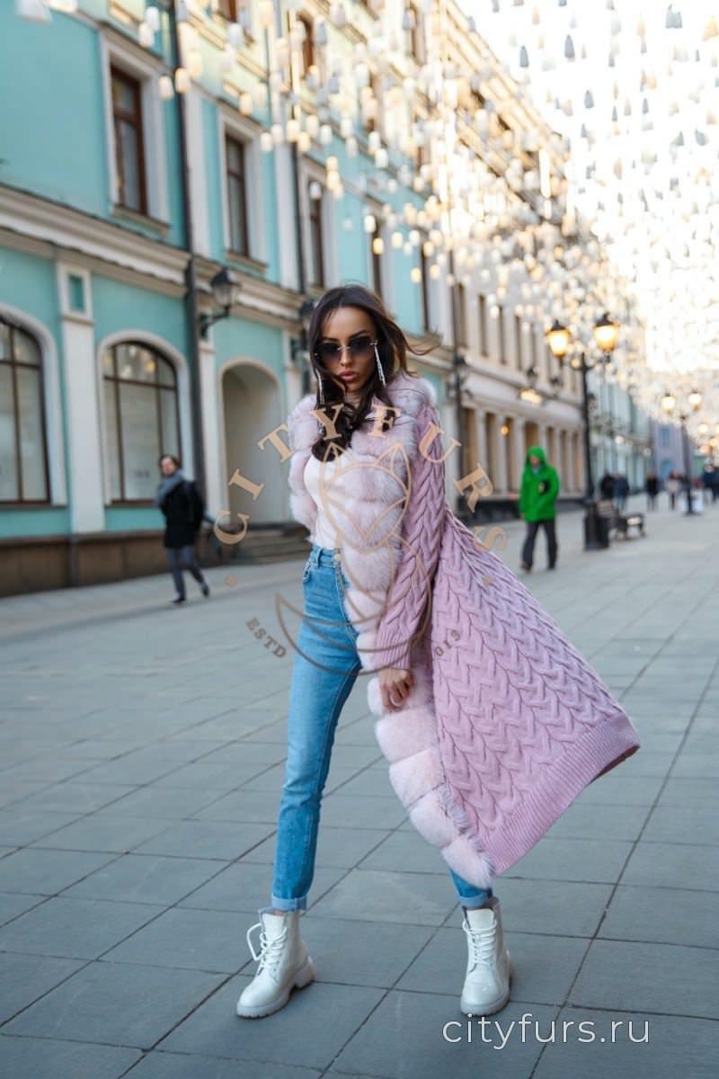 Кардиган с мехом крупаня вязка розовый