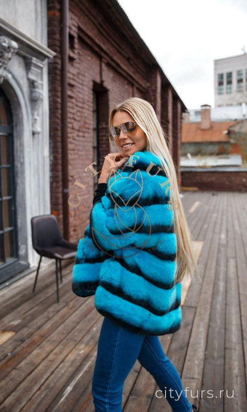 Кофта из меха кролика цвет голубой