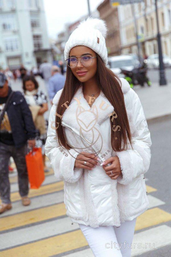 Куртка с мехом овчины белый