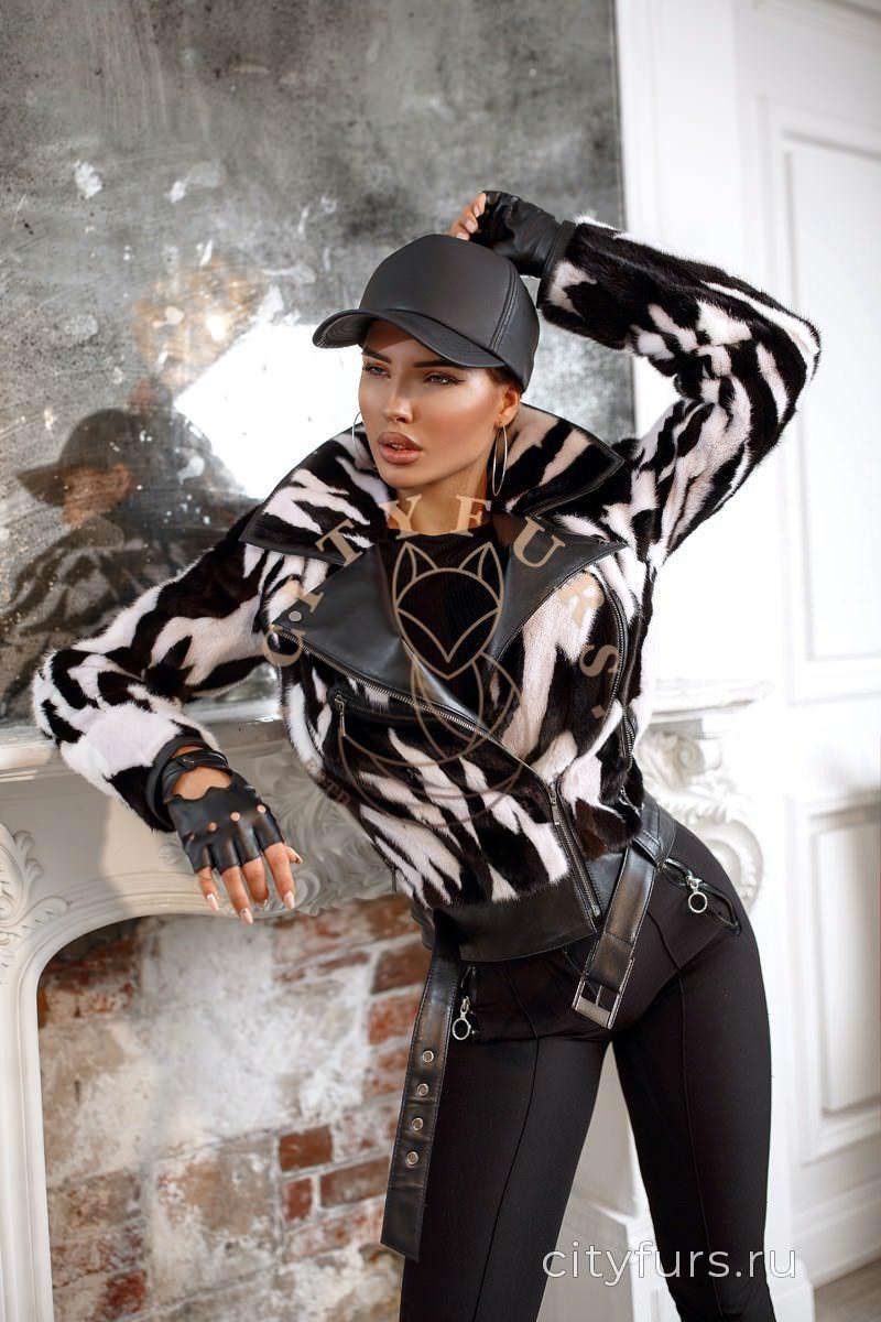 Норковая куртка цвет черно-белый 2