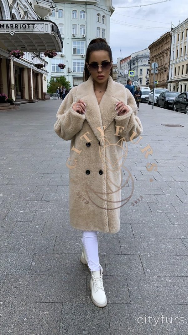Пальто из овечьей шерсти цвет бежевый