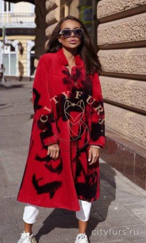 Пальто из овечьей шерсти цвет красный