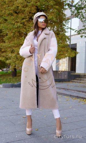 Пальто из овечьей шерсти цвет нюд