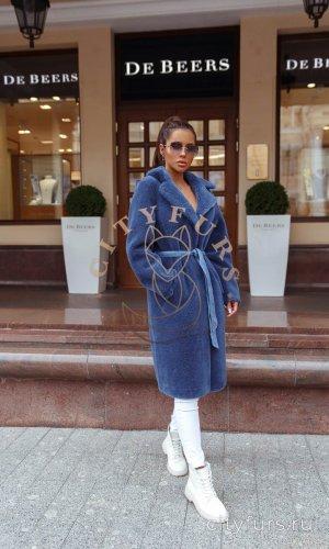 Пальто из овечьей шерсти с поясом синий