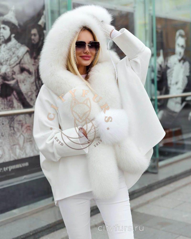Пальто кашемировое с мехом песца цвет белый
