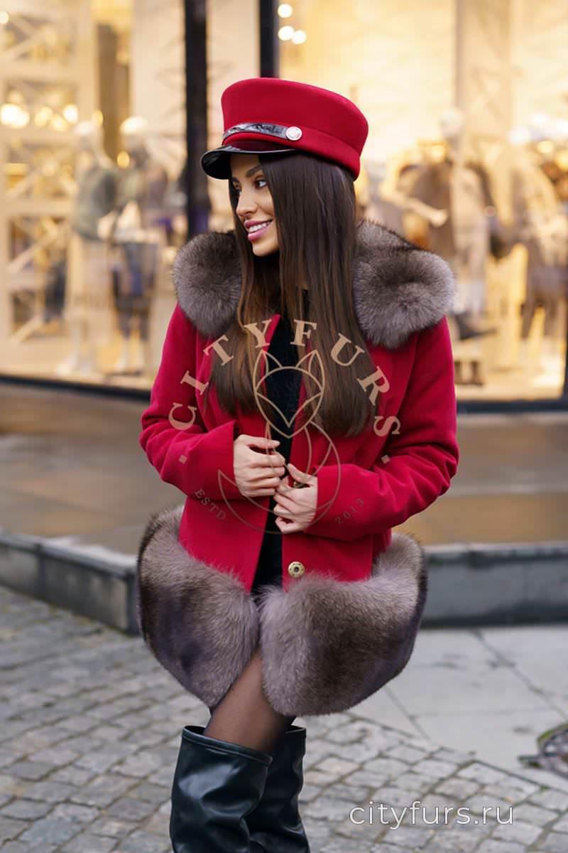 Пальто с мехом финского песца под соболь цвет бордовый