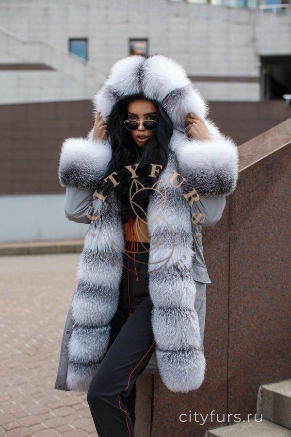 Парка с мехом арктической лисы серого цвета