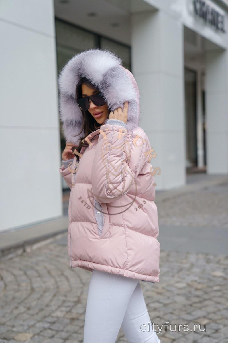 Пуховик с мехом арктической лисы цвет розовый