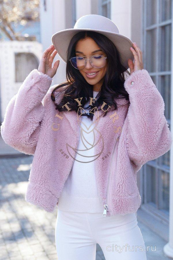 Косуха из овечьей шерсти цвет розовый