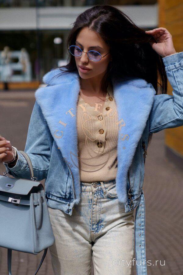Джинсовка с мехом норки цвет голубой