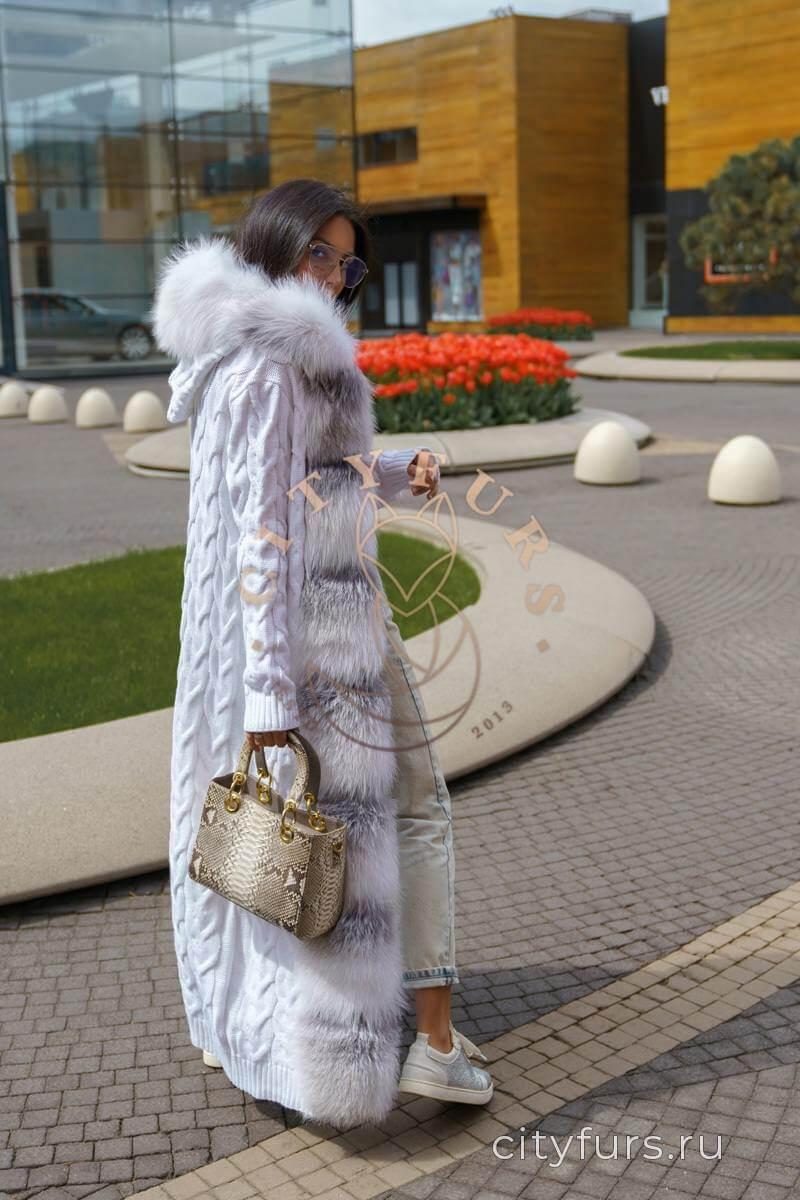 Кардиган с мехом лисы цвет белый