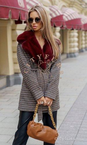 Пальто с мехом норки цвет серо-бежевый