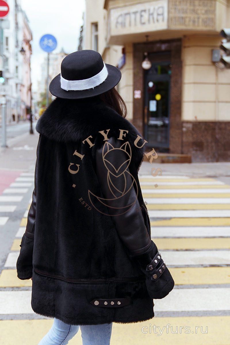 Дубленка с мехом цвет черный