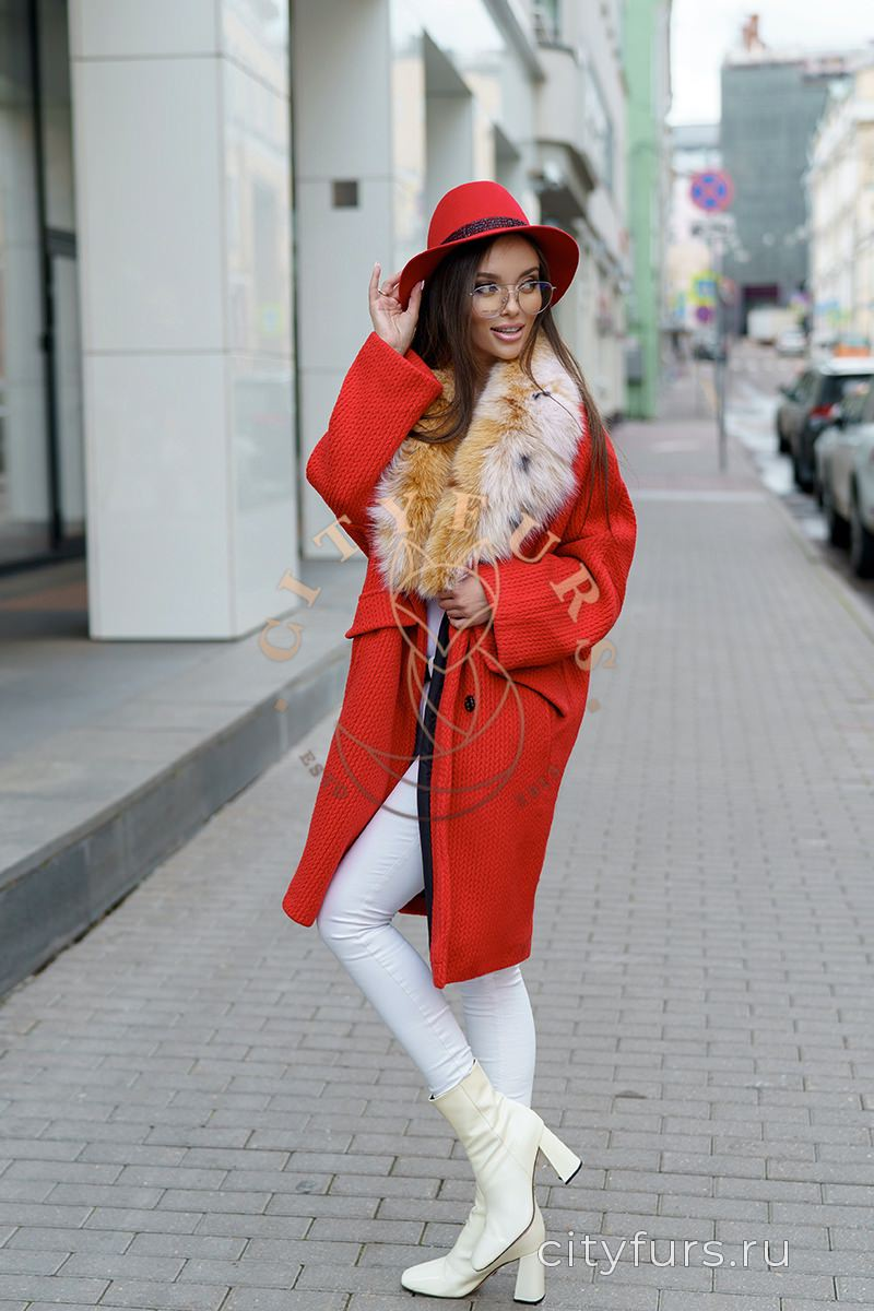 Пальто с мехом песца под рысь - цвет красный