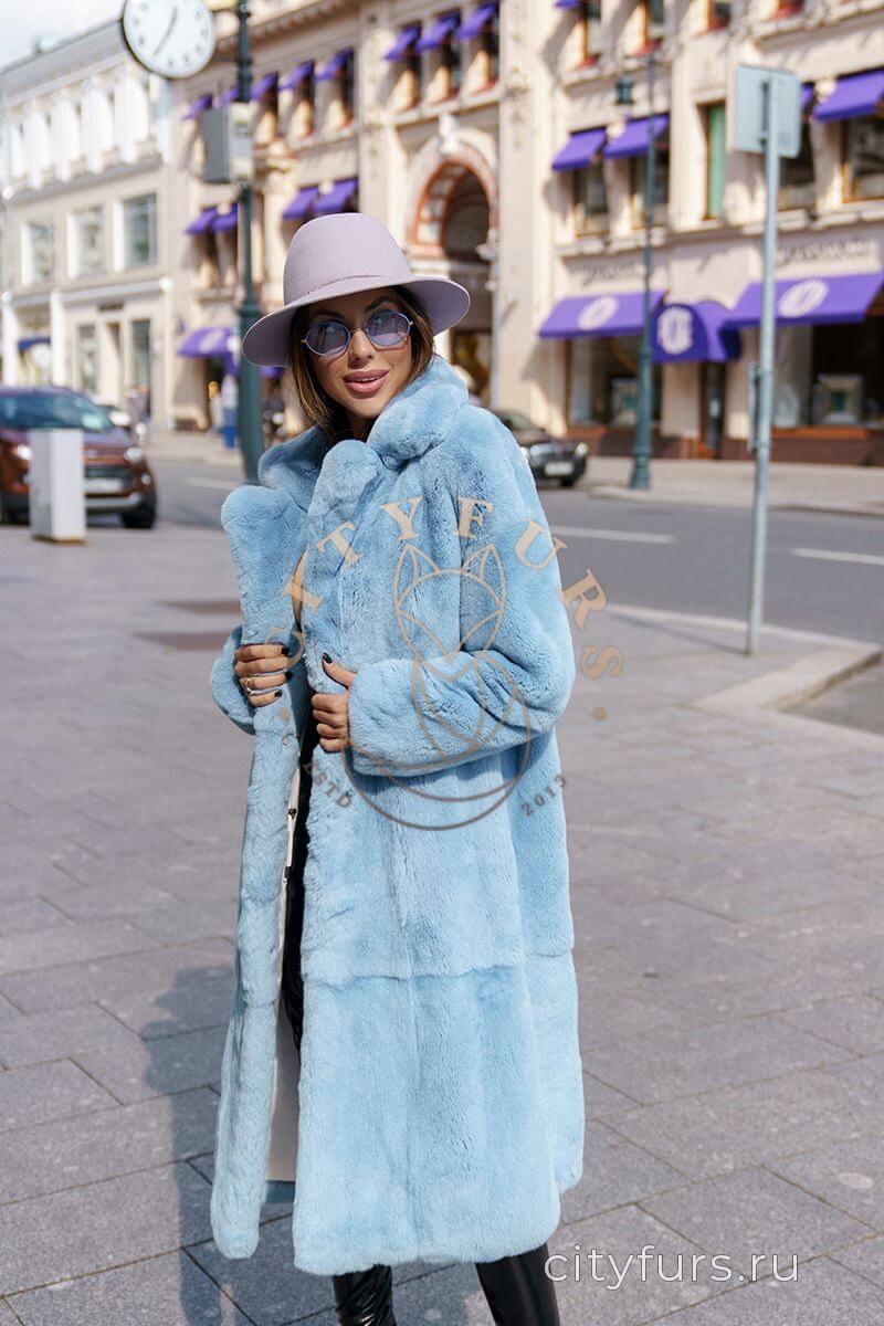Шуба из меха орилаг - цвет голубой