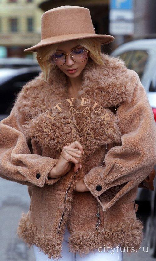 Шуба-косуха из овечьей шерсти - цвет коричневый