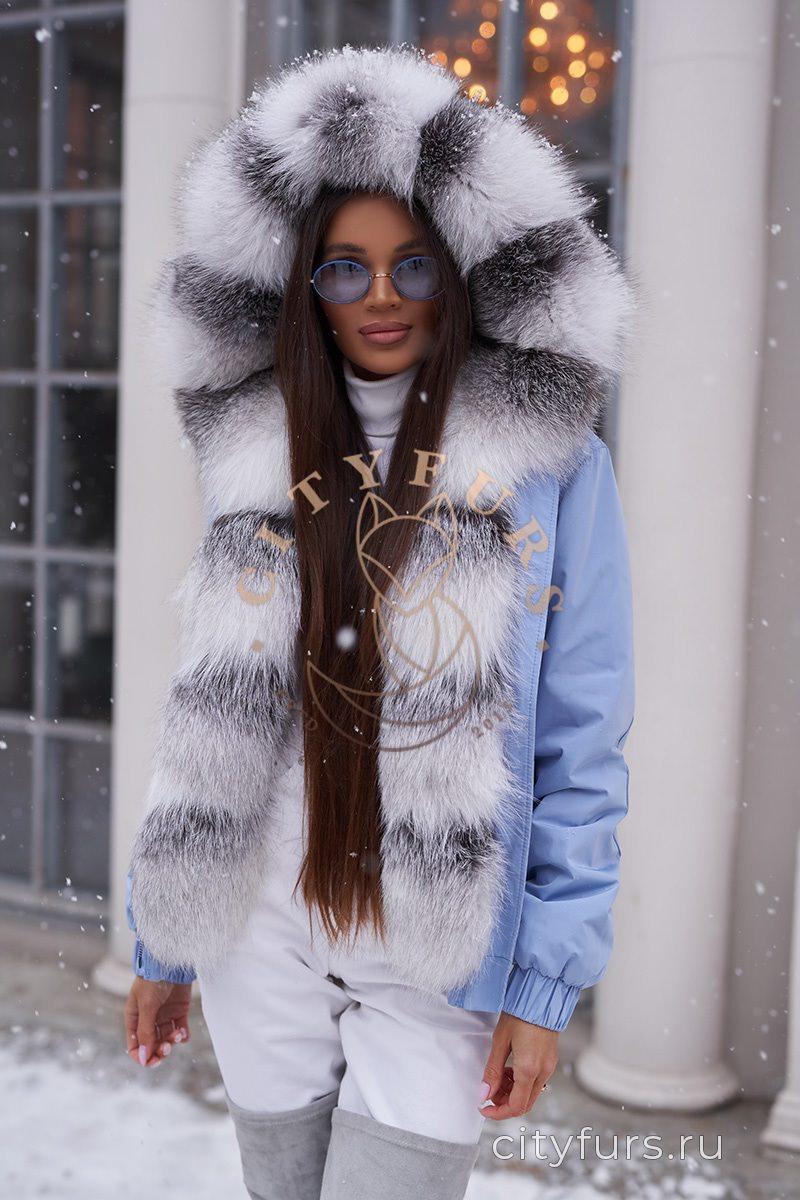 Бомбер с мехом арктической лисы - цвет голубой