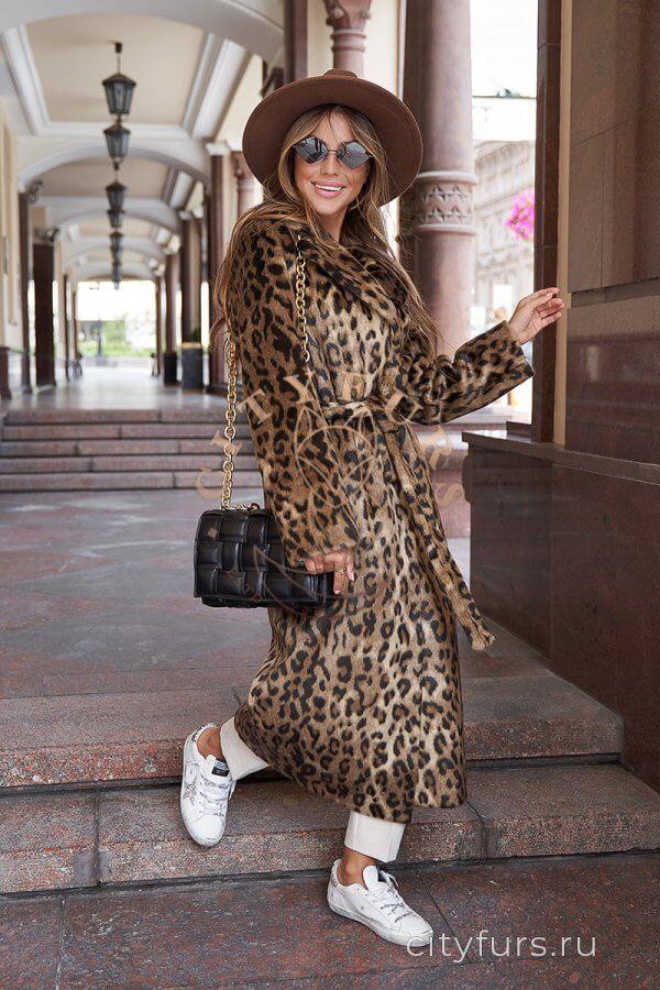 Пальто из экомеха с поясом «Леопард» - цвет коричневый