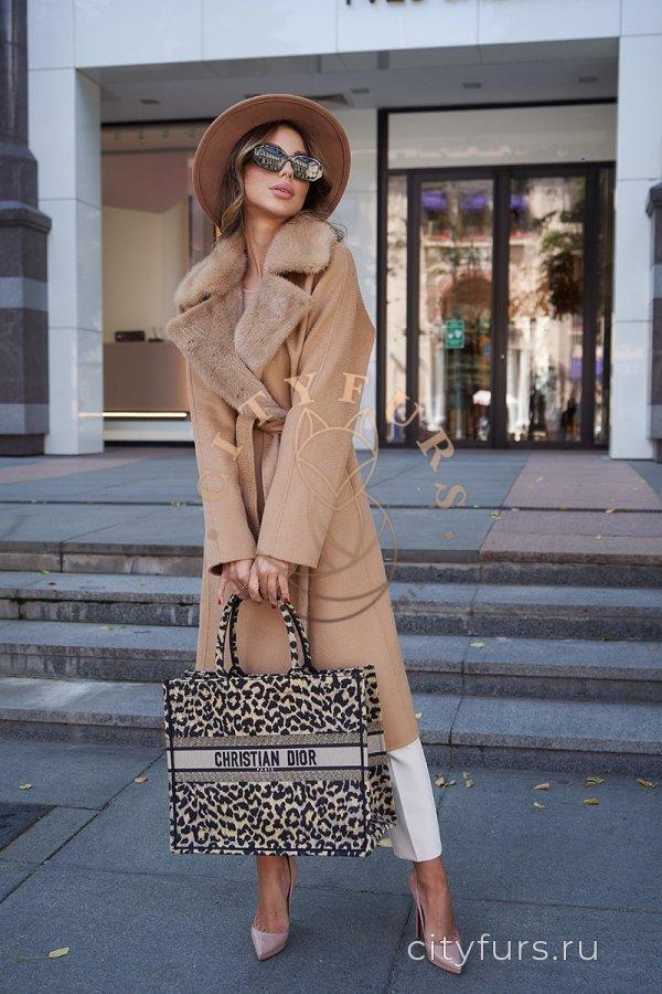 Пальто с мехом норки - цвет карамель 1